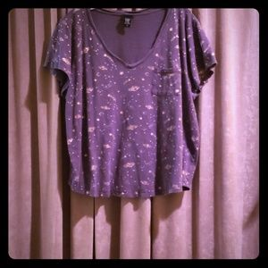 Grey t-shirt with gold planets and shooting stars